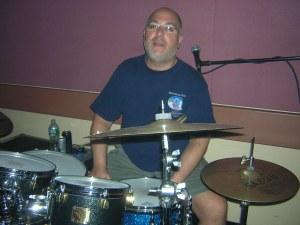 Scott preparing for the drumming aventure