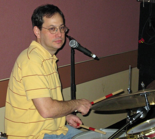 2009-01-12_0809_larry-on-drums